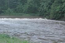 Řeky se plní.