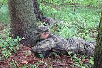 Cvičení simulující odloučení se ve čtvrtek zúčastnilo 15 vojáků ze 42. táborského mechanizovaného praporu.