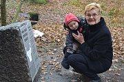 Renata Jelenová se svým vnukem Antonínem.