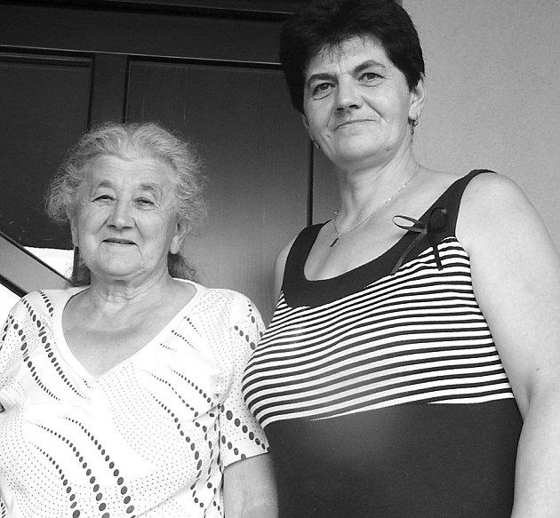 Marie Fauová (vlevo) sdcerou Hanou Berkovou zavzpomínaly na léta strávená vchotčinské škole.