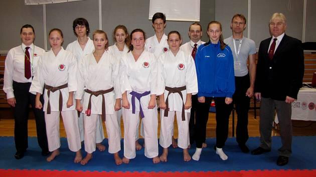 Výprava Karate-P-Klubu na Národním poháru v Kadani.