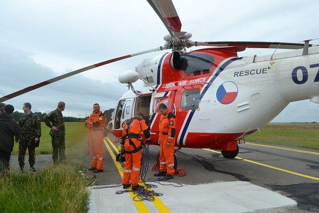 Letecká záchranka začala od soboty nově létat i přes noc.