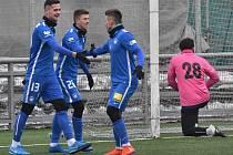 Fotbalisté Liberce v předligové generálce v Ml. Boleslavi porazili Písek 3:1 (na snímku se radují z gólu Potočného), jak se jim bude dařit ve středu v pohárové dohrávce na Soukeníku?