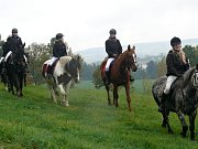Hubertova jízda mladovožického jezdeckého klubu.
