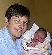 ANNA LOUŽECKÁ Z JISTEBNICE. Narodila se 5. října ve 13.28 hodin s váhou 4330 g a mírou 53 cm. Už má doba brášku Lukáška (5,5).