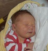 Matyáš Pekárek z Tábora. Rodiče Lenka a Martin se svého prvorozeného syna dočkali 23. dubna ve 21.22 hodin. Jeho váha byla 4370 gramů a míra rovných 50 cm.