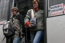 Zdražení MHD se občané  nevyhnou. Ročně se autobusy sveze 8,7 milionu lidí, cílem parkovací politiky v Táboře je ale toto číslo dál navyšovat.