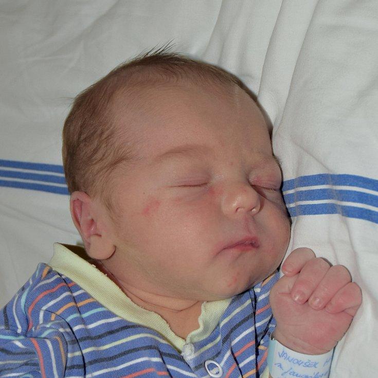 Martin Janoušek ze Soběslavi. Na svět přišel 15. března 2019 v 9.33 hodin. Vážil 3050 gramů, měřil 49 cm a je druhým dítětem v rodině. Doma má sestřičku Nelu, které jsou čtyři roky.