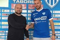 Výkonný ředitel klubu FC MAS Táborsko Josef Holub se Zbyňkem Musiolem.