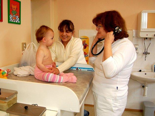 U dětského lékaře. Ilustrační foto.