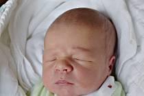 Matyáš Doubek z Tábora.Na svět přišel jako třetí dítě v rodině 2. února 2020 třiadvacet minut po páté hodině. Po narození vážil 3130 gramů, měřil 49 cm a doma už má brášku Daníka, kterému je pět a půl roku a tříletou sestřičku Sofinku.