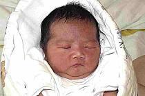 PHUONG CHI PHAM Z TÁBORA. Na svět přišla 17. června ve 3.47 hodin jako druhá dcera v rodině. Vážila 3530 g a měřila 47 cm.