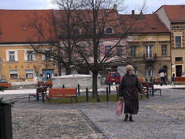 Na podzim loňského roku dokončili Bechyňští opravu náměstí T. G. Masaryka. S rekonstrukcí přilehlých ulic se má začít zhruba v polovině června.