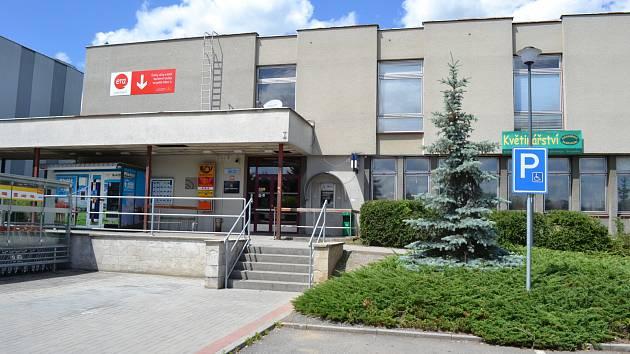 Pošta na Pražském sídlišti v Táboře.