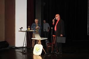 Konferenci Příštích 10 let - Vize Česka inicioval bývalý táborský místostarosta Jiří Návara, konala se pod záštitou starosty Štěpána Pavlíka a hejtmana Martina Kuby.