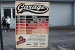 Vypsaná fiXa zahrála před klubem Garage.