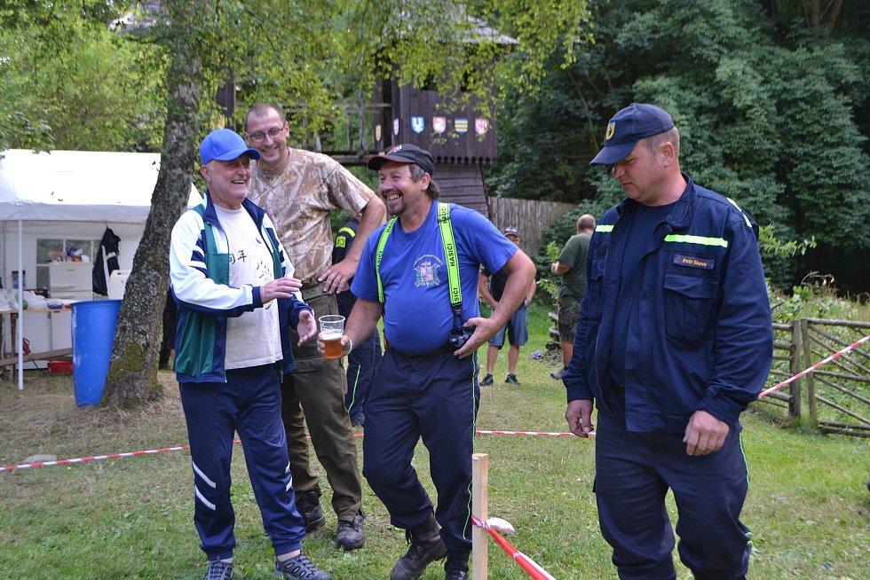Na hradě Šelmberk se v sobotu konal šestý ročník soutěže Železný hasič Běleč a zároveň první závod prvního ročníku jihočeského poháru v TFA.