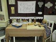 Výstava Vánoce u babičky připomíná Mladovožickým kouzlo vánoc.