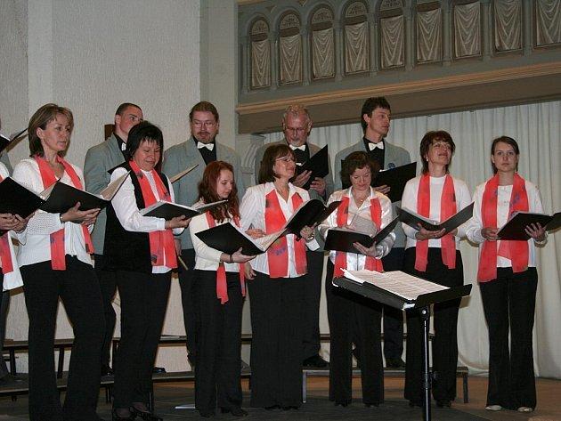Pěvecký sbor DOMINO