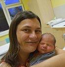 Martin Wolf z Tábora. Narodil se jako třetí syn v rodině 31. prosince v 7.53 hodin. Vážil 3180 gramů, měřil 50 cm a doma má brášky Štěpánka (6)a Filipa (3).