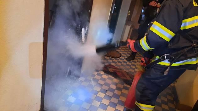 Požár rohožky v Táboře.
