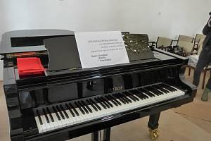 Piano Petrof. Ilustrační foto.
