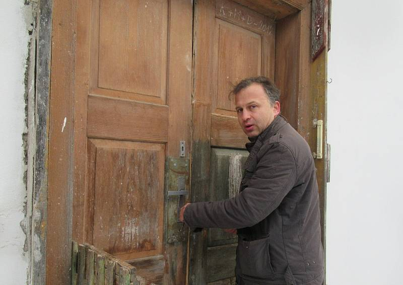 Historickému mlýnu mezi dálnicí a koridorem chce Petr Polák z Českých Budějovic vrátit zašlý lesk i slávu.