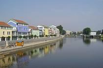 Řeka Otava protéká královským městem Písek, Sušicí, Horažďovicemi a Strakonicemi.