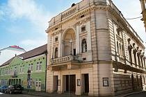 Divadlo Oskara Nedbala v Táboře hostí konferenci Příštích 10 let – Vize Česka. Ilustrační foto.