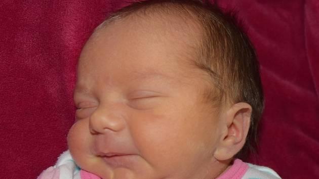 Adriana Petrů z Plané nad Lužnicí. Narodila se 9. březnave 21.51 hodin s váhou 2550 gramů a mírou 46 cm. Je třetím dítětem v rodině, má doma devítiletou sestřičku Anetu a šestiletého brášku Stáníka.