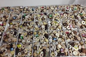 Krabičky naplněné cukroví putovaly do Radenína.