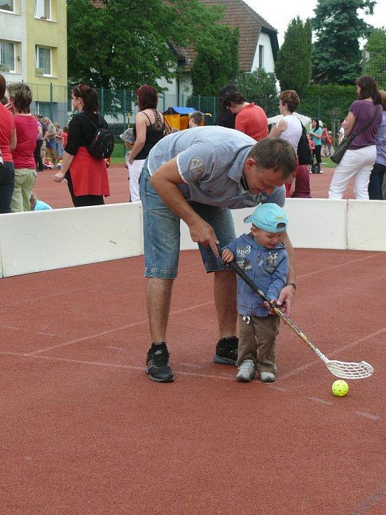 Na plánském sportovišti u vlakového nádraží se konalo Bambi. Sešly se desítky návštěvníků