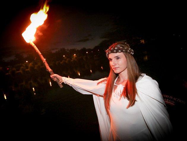 V pátek ve 22 hod. se na Jordánu odehraje další ohňový rituál