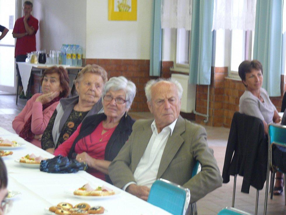Slavnost školy v Bechyni.
