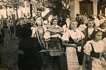 Odhalení pamětní desky  J. E. Kyptovi v Borotíně.