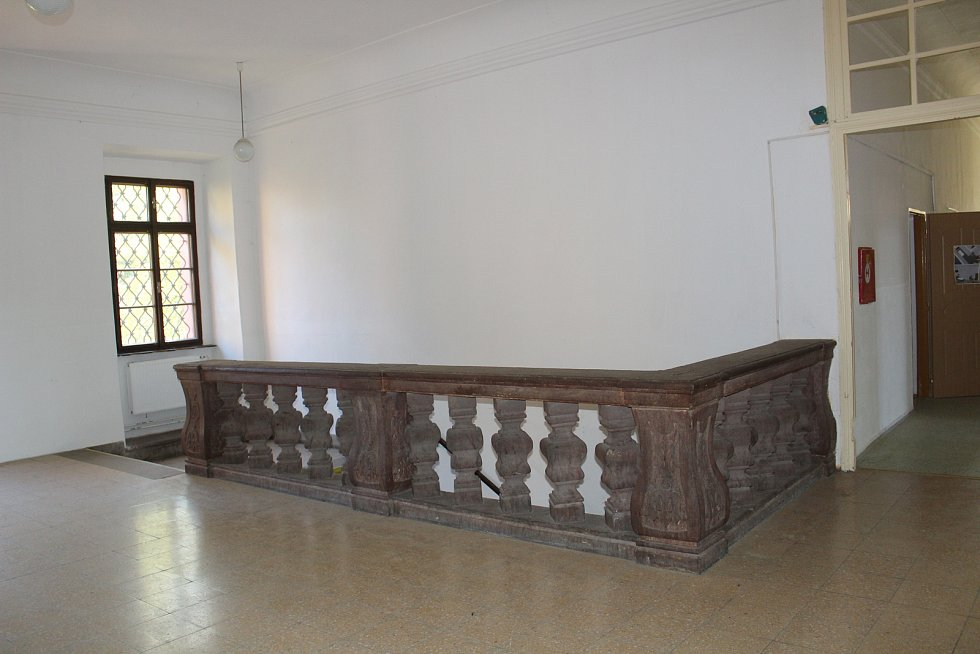 Mezi památky, které marně hledají nového majitele, patří i zámek v Načeradci na pomezí Táborska a Benešovska.