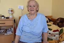 Osmaosmdesátiletou Františku Pytelkovou poslali v 15 letech do koncentráku.  Po třech letech se dostala na svobodu. Vychovala čtyři děti a dnes žije v táborském G-centru.
