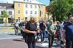 Chýnovští blokovali průjezd aut městem. Protestovali tak proti zdržení stavby obchvatu.