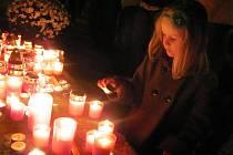 Vzpomínka se svíčkou.