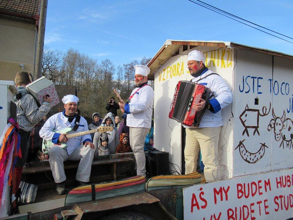 Magický masopust 22. 2. 2020 aneb nejsme žádné dvojky – to bylo motto již 48. ročníku tradičních maškar ve Skalici a okolí.