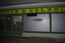 Vykradený obchod na Soběslavské ulici v Táboře