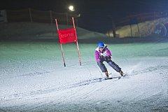 Večerní závod čeká na všechny, kteří se zúčastní páteční akce Dark Snow Monínec.