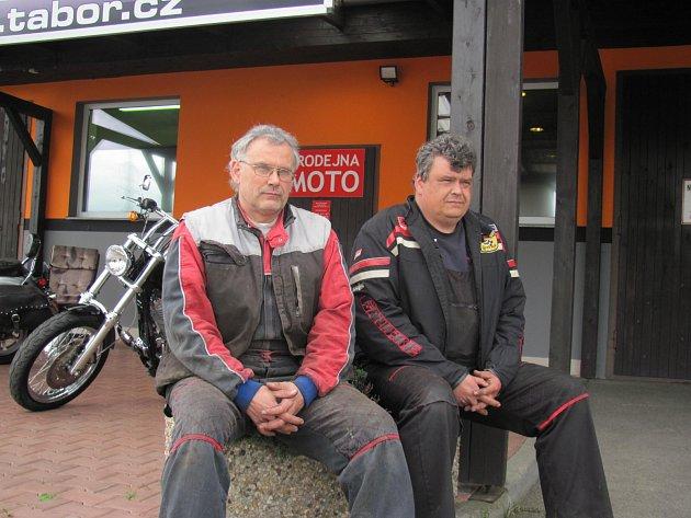 Petr a Pavel Bratránkovi, majitelé motocentra