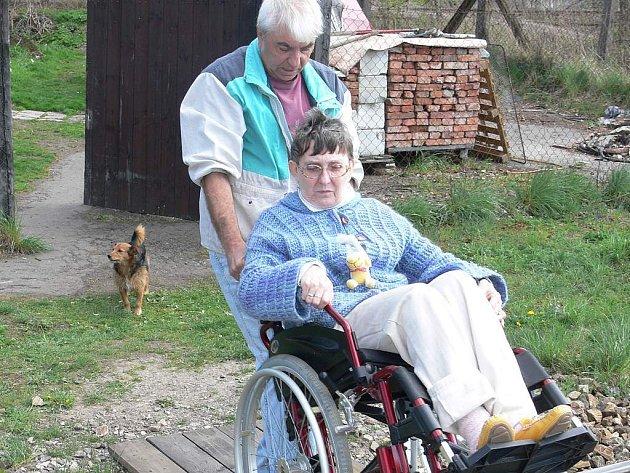 Vyhrocená situace u Śimonových vůbec nenahrává zdravotnímu stavu paní Marie.
