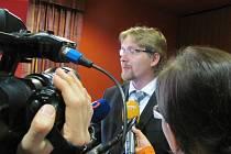 Ministr dopravy Pavel Dobeš si v pondělí projel táborskou dálnici.