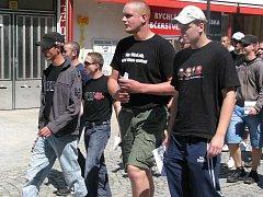 Autonomní nacionalisté prošli v klidu Pískem