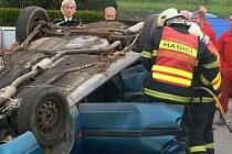 Při žádosti o krajský grant pro dobrovolné hasiče uspěl Tábor, Sudoměřice u Tábora a Bechyně. Bechyňští za padesát tisíc korun zakoupí vyprošťovací techniku.