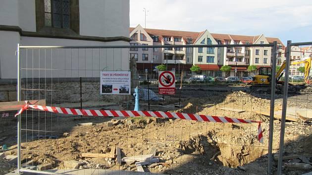 Soběslavští získali nové parkoviště. Parkování v centru rozdělí na tři zóny.