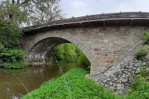 Původní most z roku 1890.