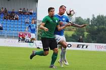 Jiří Smetana (v modrém) v utkání ČFL proti Příbrami B.